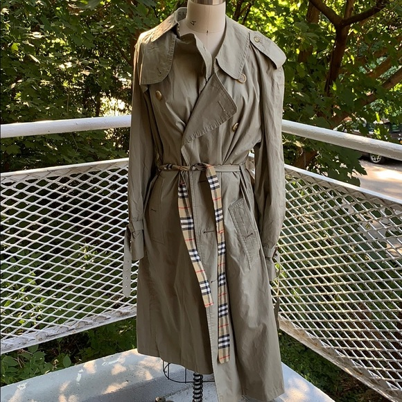 Burberry vintage trench jacket
